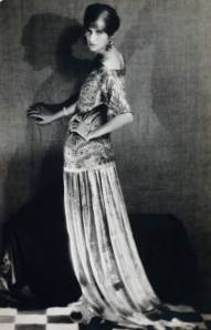 guggenheim-peggy-1924