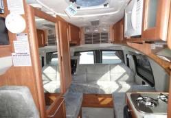 roadtrek-190-simplicity-interior-7d